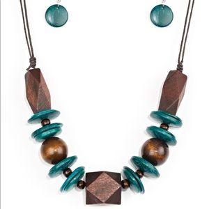 Pacific Paradise Blue necklace